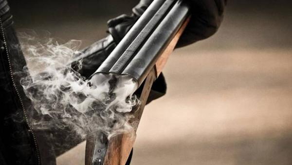 Ανοχή τέλος στην κοινωνία: Αρπαξε το όπλο, πυροβόλησε και σκότωσε τον διαρρήκτη!