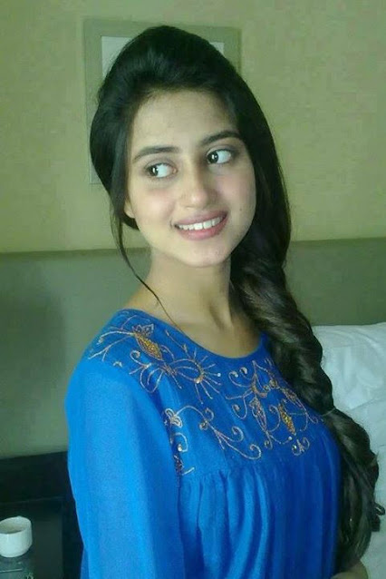 lovely Delhi Girl Photo, Sweet Delhi Girl pic