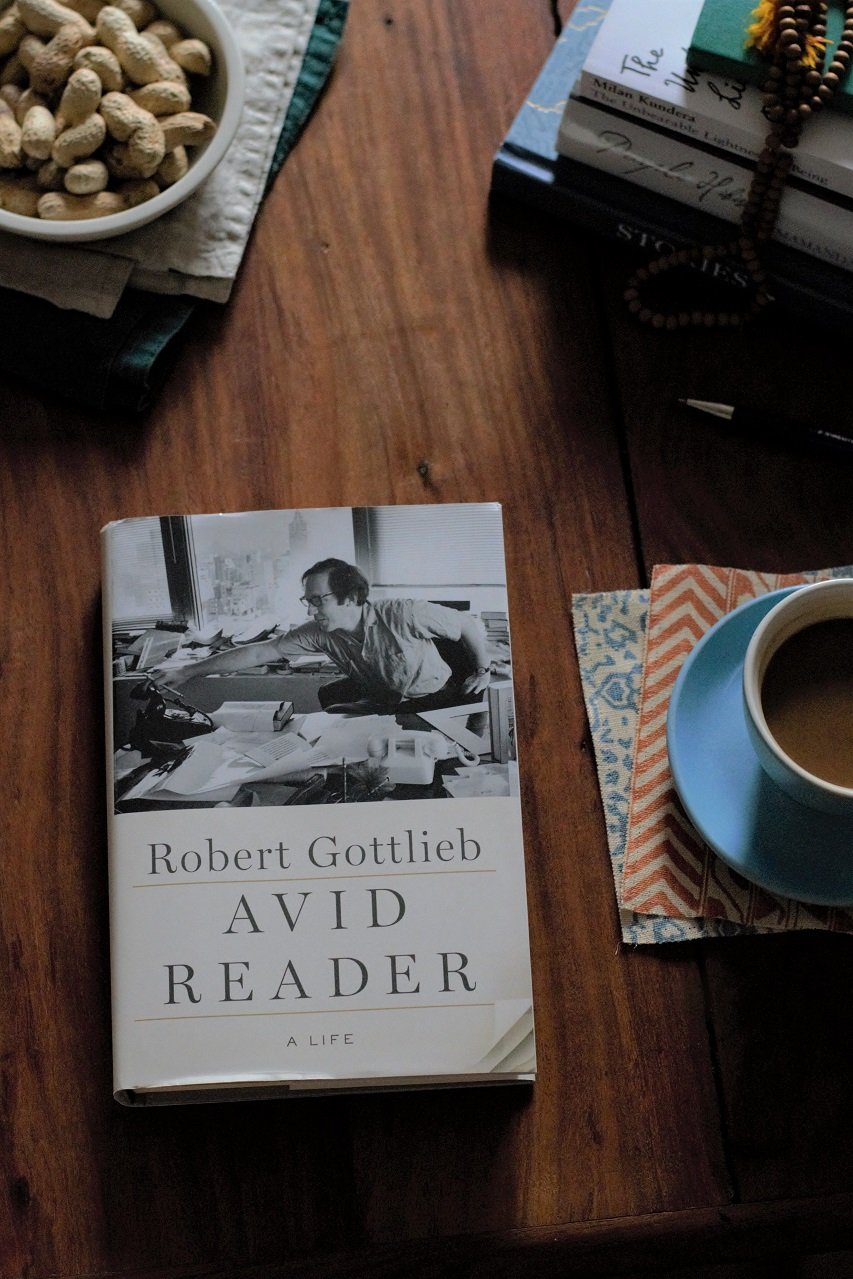 Avid Reader: A Life by Robert Gottlieb · Lisa Hjalt