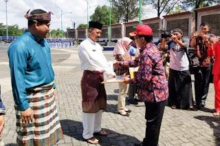 Sekda Pimpin Apel Penutupan Praktek Lapangan Praja IPDN