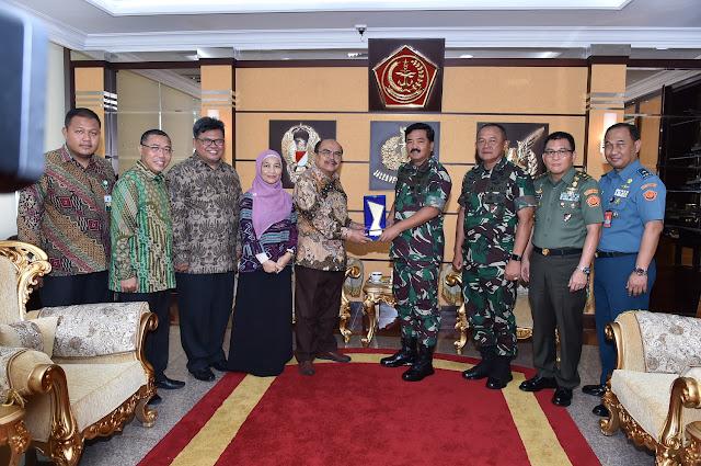 TNI Terima Penghargaan Baznas Award 2018