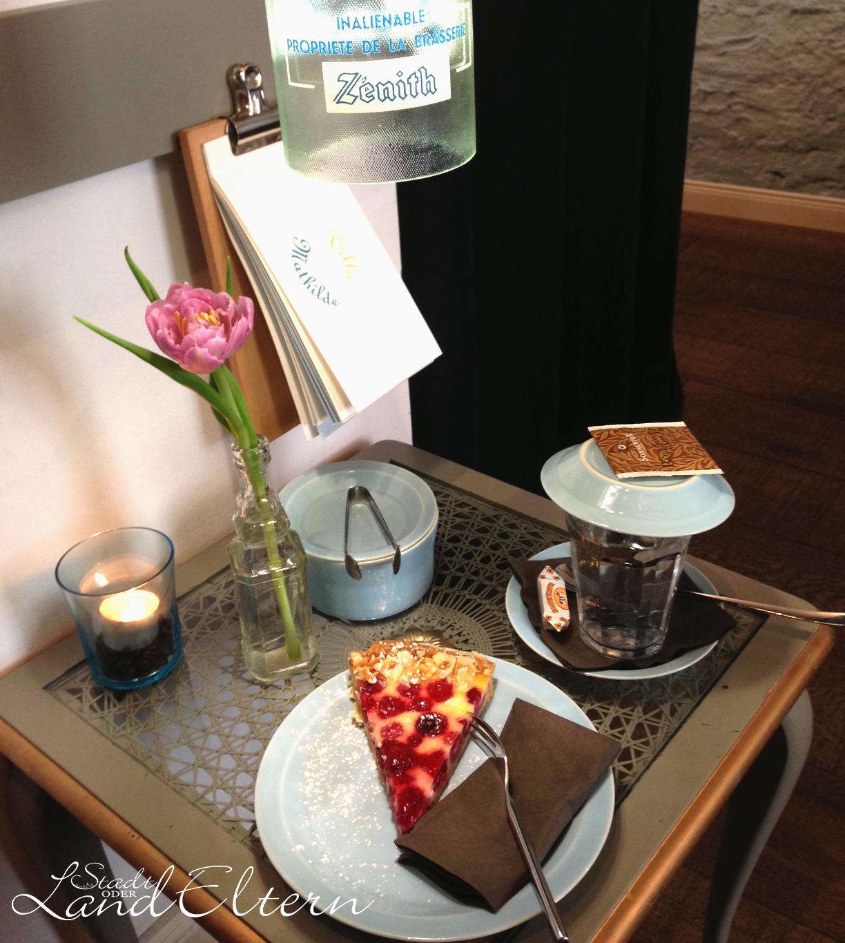 villa mathilde in deutz. Black Bedroom Furniture Sets. Home Design Ideas