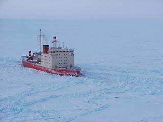 Resultado de imagen para la vuelta del Irízar y un buque polar consolidan la logística antártica