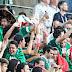 FIFA multa a México por disturbios de los aficionados