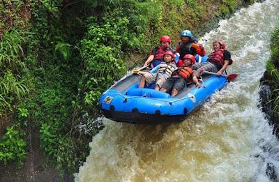 Wisata Kesambon Rafting Malang