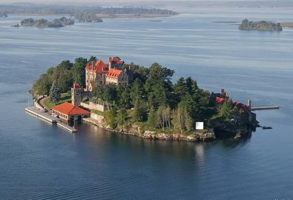 Dark Island, USA