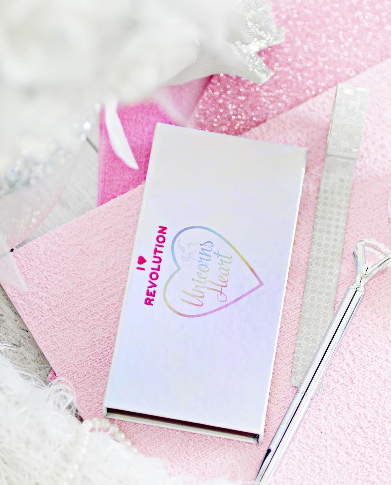 makijażowe nowości makeup revolution, paleta unicorns heart