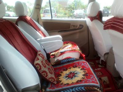 Toyota Innova Car Rent Services in Delhi - Bharat Darshan