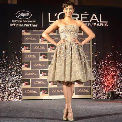 Sonam and Namrata Soni reveal the L'Oréal Paris India Cannes 2014 Collection