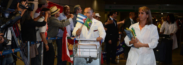 SAINDO DO MAIS MÉDICOS: 196 médicos cubanos já deixaram o Brasil nesta quinta-feira