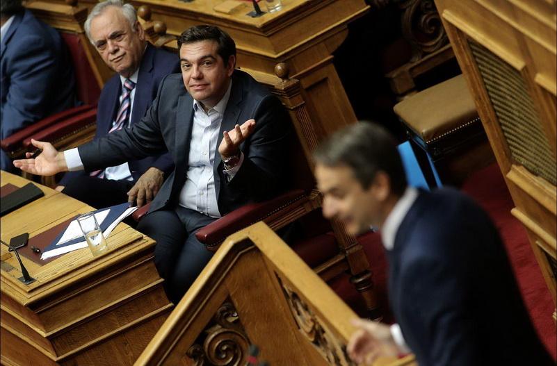 Το πρόβλημα της ΝΔ: Στη Βουλή ο Κυριάκος δεν στέκεται απέναντι στον Τσίπρα