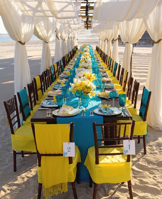 Idyllic Tables and Weddings on The Beach 4