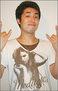 Minoru Shiraishi sebagai Shiraishi