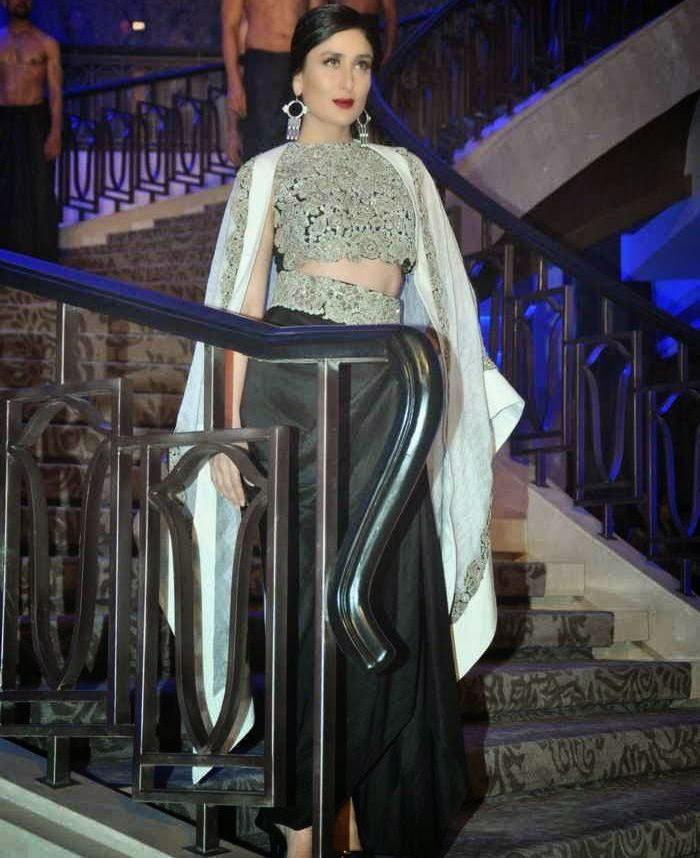 Kareena Kapoor At Lakme Fashion Week 2015 Pics