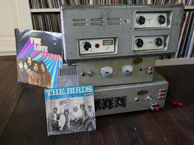 """Des amplis Bouyer et autres  , The Birds """"no good without you baby""""   pressage français de 1966 à 1 euro,   The Love affair de 1970"""