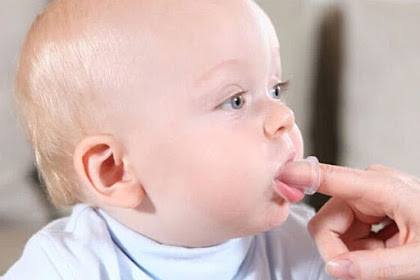 Merawat Gigi Bayi Agar Tumbuh Sempurna