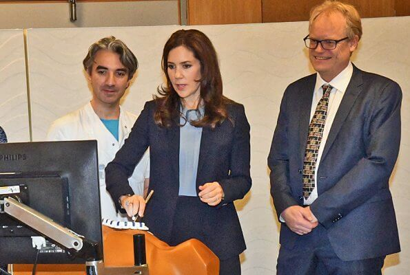 The Danish Heart Association. Crown Princess Mary wore Massimo Dutti polka dot print jacket. Buckle tie neck silk blouse