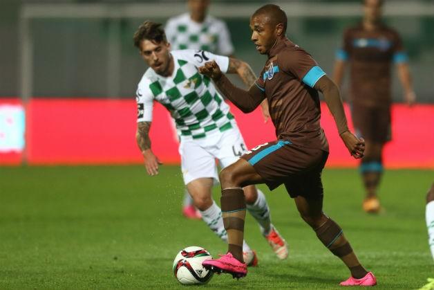 """FC Porto não aproveita embalo do Clássico  Dragões permitiram o empate duas  vezes frente ao penúltimo  Maicon marcou """"à Geraldão"""" 47b3da252c2a"""