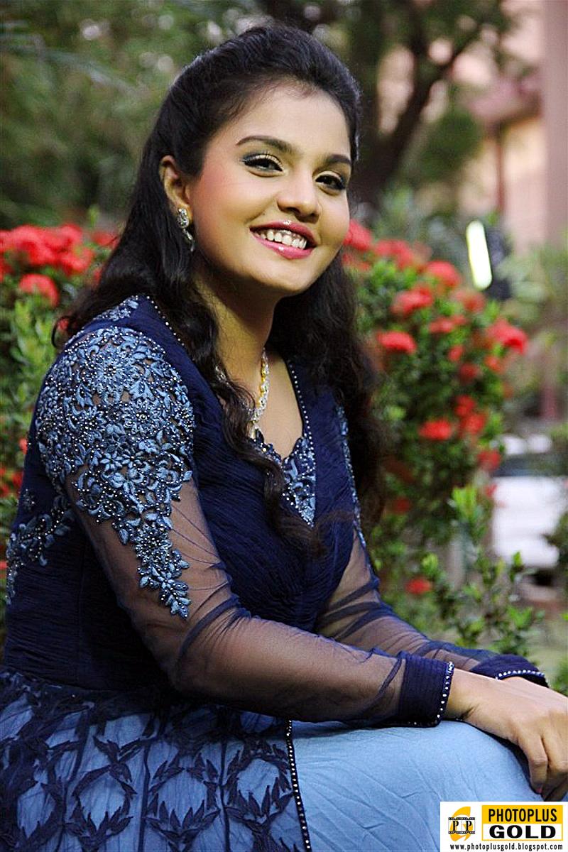 Most Beautiful South Indian Film Artist Maaya In Long Blue -6268