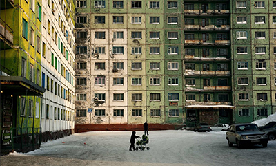 https://www.theguardian.com/cities/2016/sep/15/norilsk-red-river-russias-most-polluted-city-clean#img-1