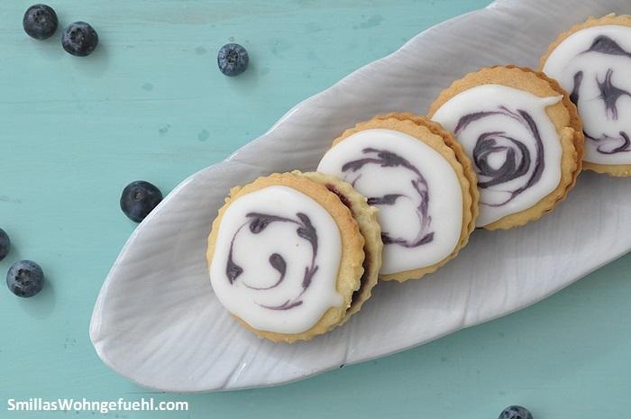 Blaubeer-Kekse-mit-fuellung