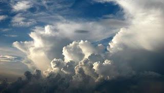 Darimana Asal Suara Terompet Misterius Di Langit Jakarta?