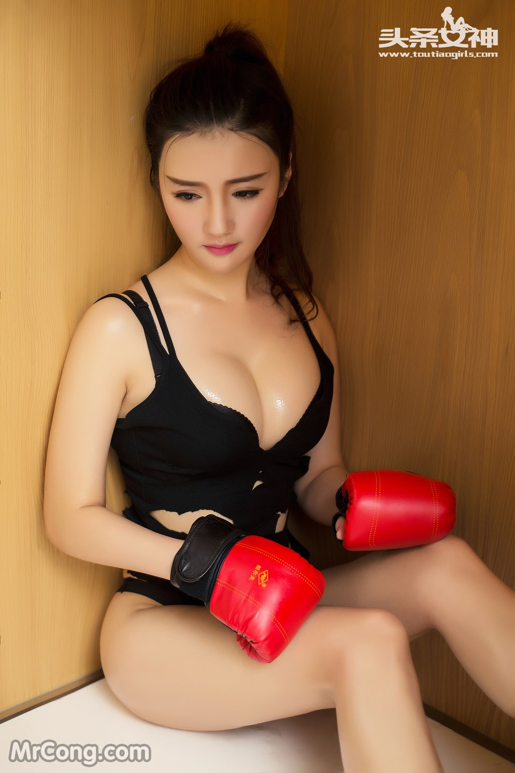 TouTiao 2016-07-15: Model Guo Wan Ting (郭婉婷) (36P)