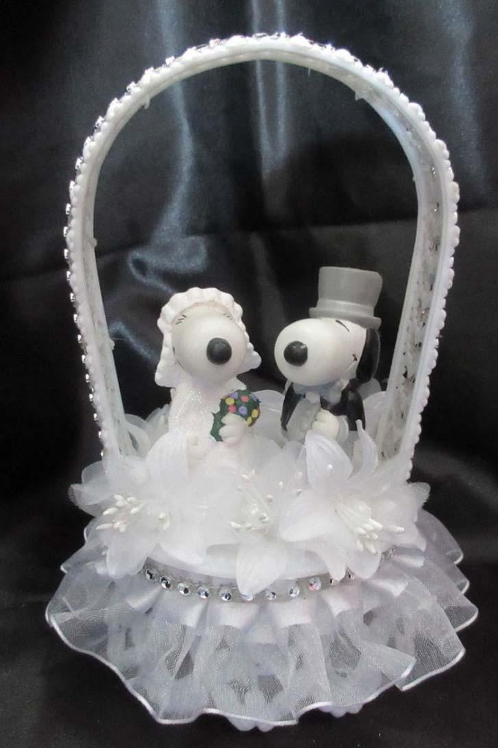 Snoopy Cupcake Cakes
