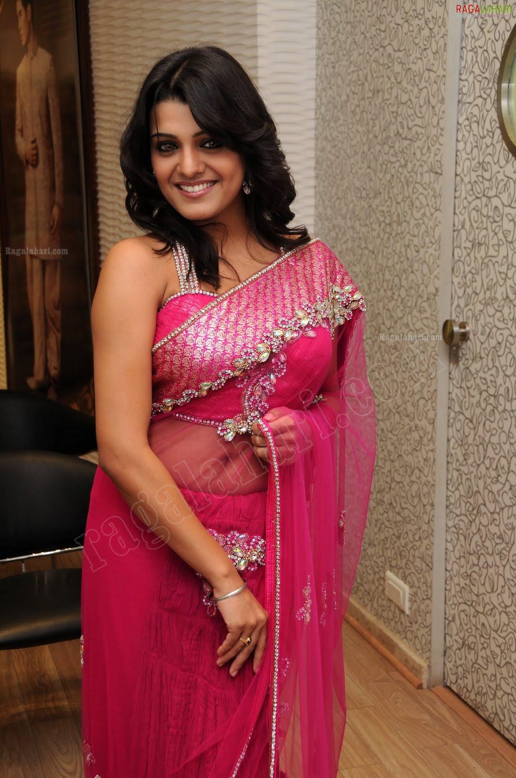 Spicy Saree: Dressing Below Navel Saree: Tashu Kaushik Spicy Navel Images