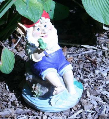 Nature walk in Royal Botanical Garden - The Gnome :: All Pretty Things