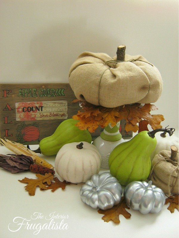 Budget Friendly DIY Pumpkin Patch Vignette