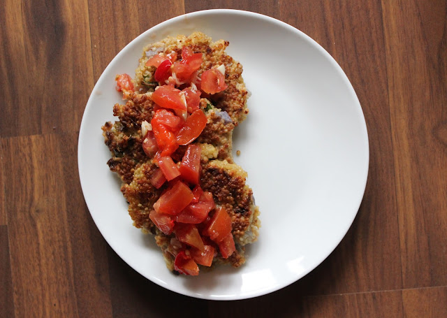 Quinoa Cakes with Tomato-Pepper Chutney | A Hoppy Medium