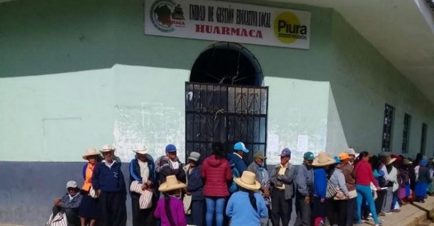 Docentes toman UGEL Huarmaca y exigen destitución del director - Piura