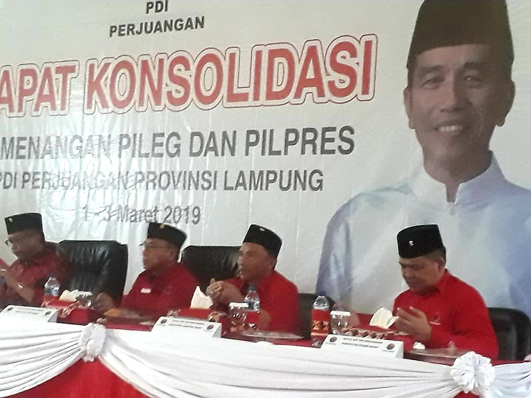 Hasto Semangati Kader PDIP Tiga Kabupaten Lakukan Safari Kebangsaan.