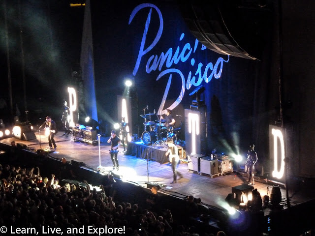 Fall Laptop Wallpaper Save Rock And Roll Tour Panic At The Disco And Fall Out