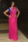 syamala sizzling saree stills-thumbnail-8