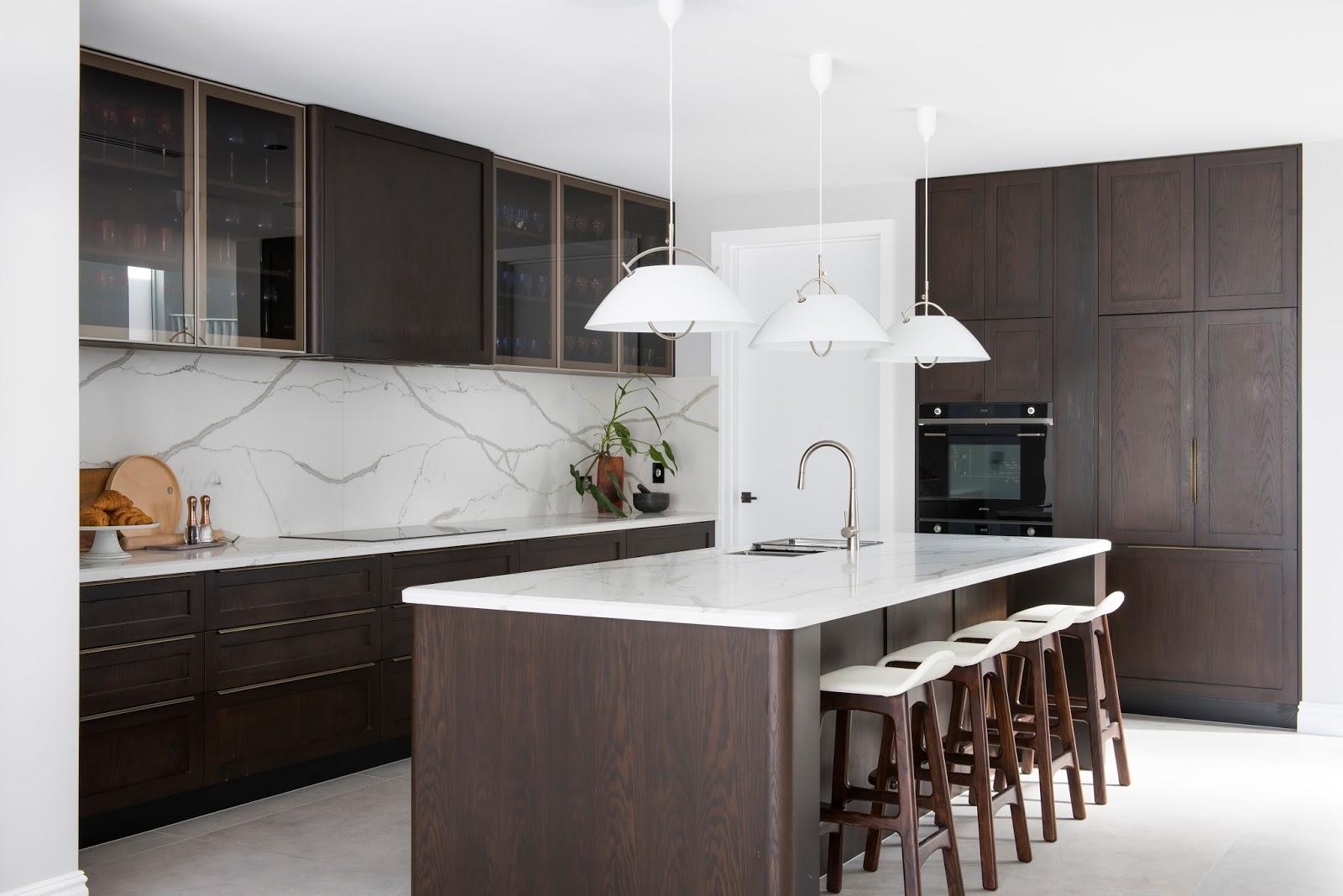 Minosa: Classic Modern Kitchen Design