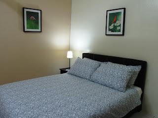 Photo 7: Master bedroom - Queen bed