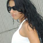 Andrea Rincon, Selena Spice Galeria 20: Tomando El Sol. Cachetero Rosa, Tanga Transparente y Top Blanco Foto 19