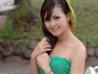 Putri Embun
