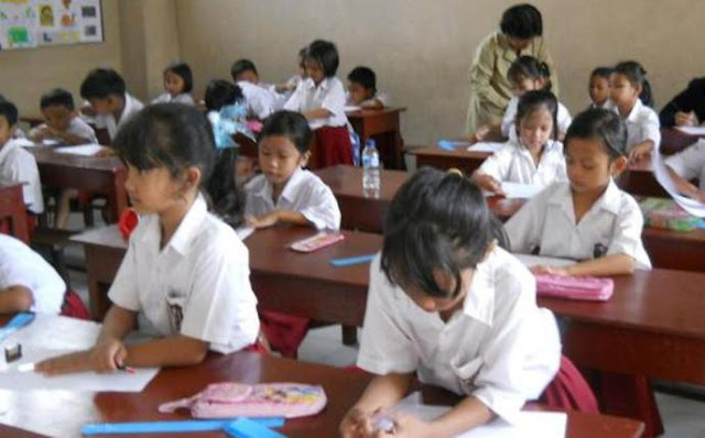 Kacau, Pendidikan Dasar Kita Lebih Banyak Akademiknya Daripada Nilai Budi Pekerti