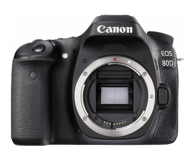 Fotografia del corpo macchina della Canon EOS 80D