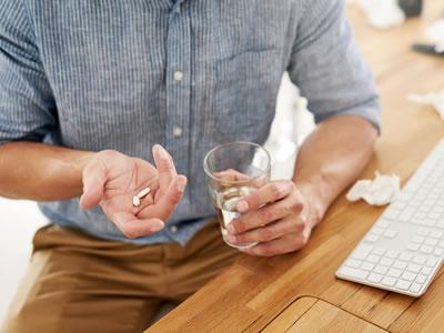 beneficios y riesgos de farmacos para el dolor neuropatico