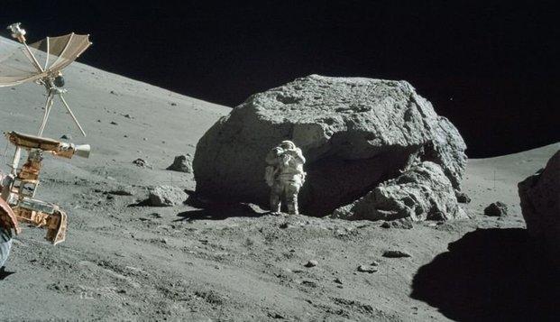 """Astronautas"" da Nasa, supostamente na lua"