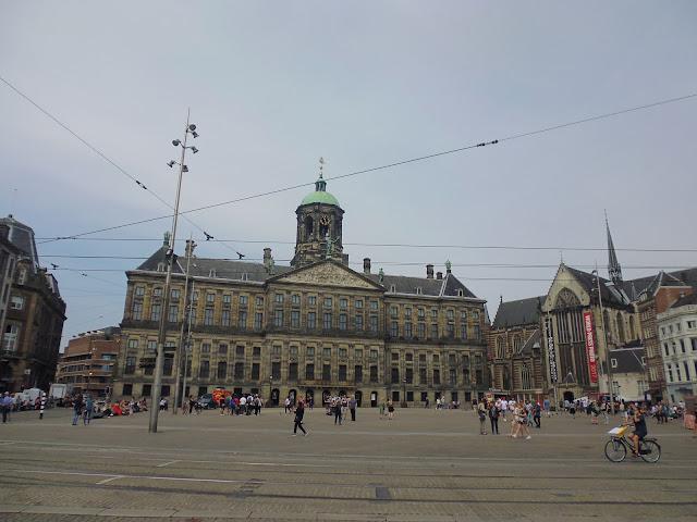 Plaza Dam (De Dam) (Amsterdam) (@mibaulviajero)