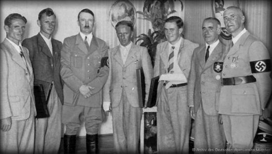 Resultado de imagem para heinrich harrer nazism