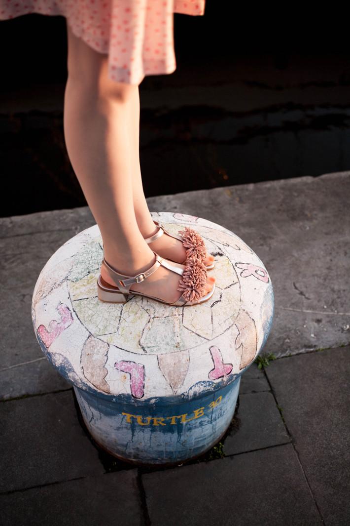 Zinda pom pom sandals