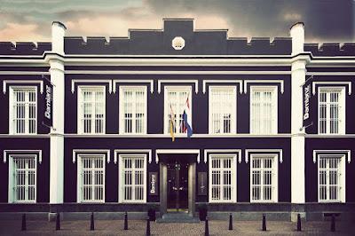 Penjara Het Arresthuis, yang sekarang sudah beralih fungsi menjadi hotel.