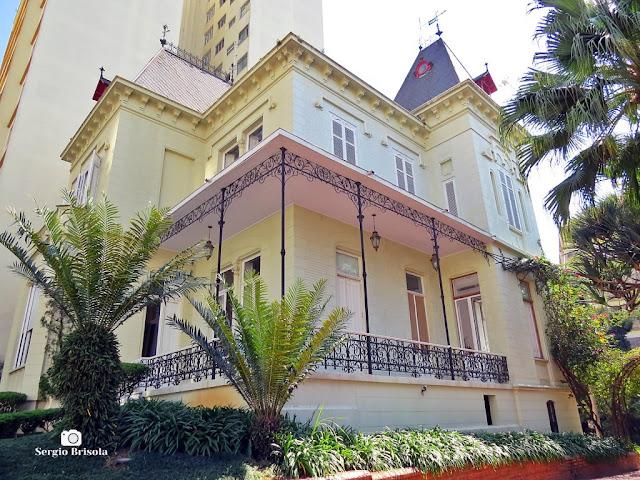 Vista ampla da Casa do arquiteto Ramos de Azevedo - atual Global Editora - Liberdade - São Paulo