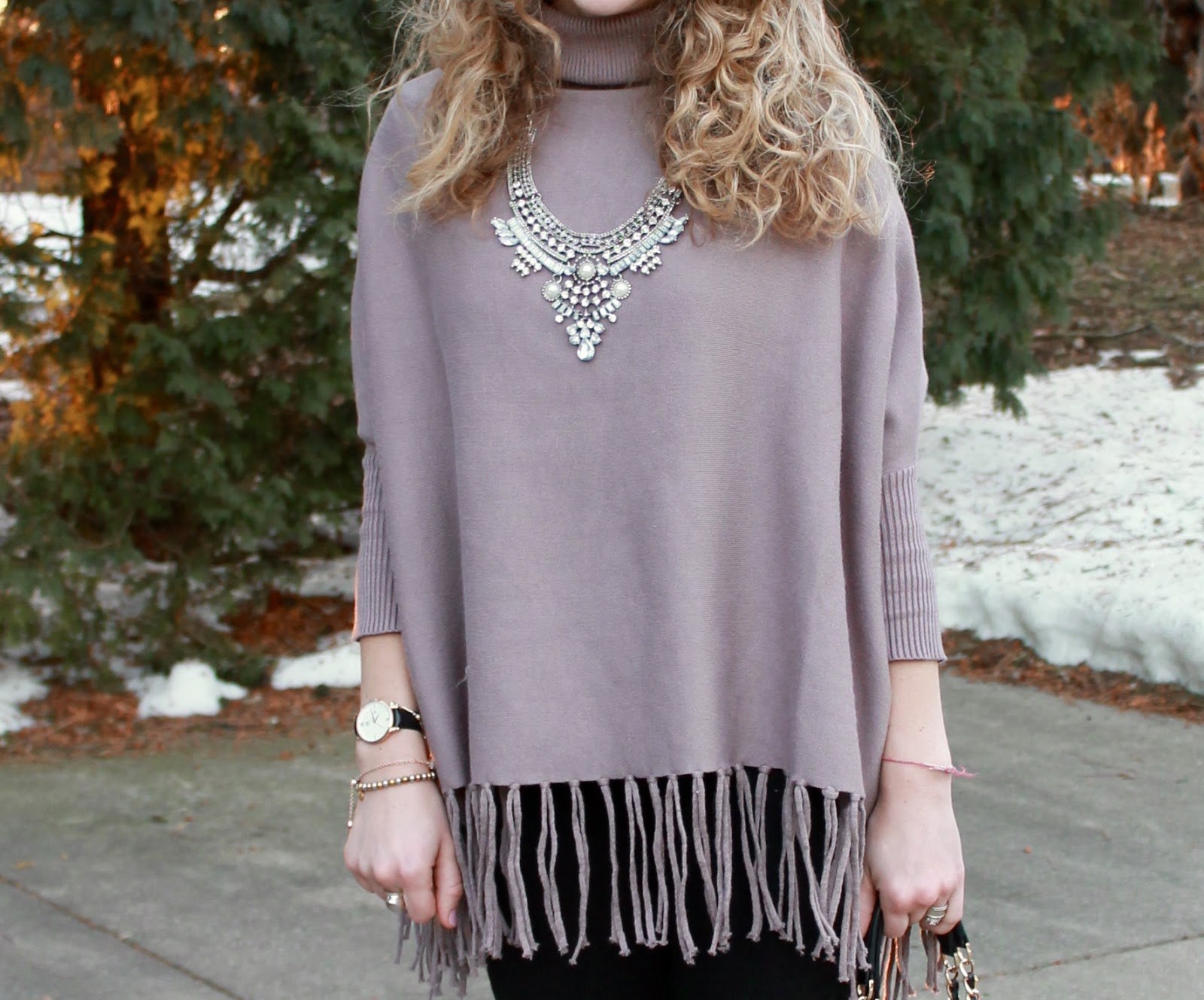 mauve fringed batwing sweater, black jeans, black heels, greg michaels tote, statement necklace,